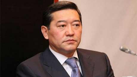 Серик Ахметов предложил «навалиться» на теневую экономику