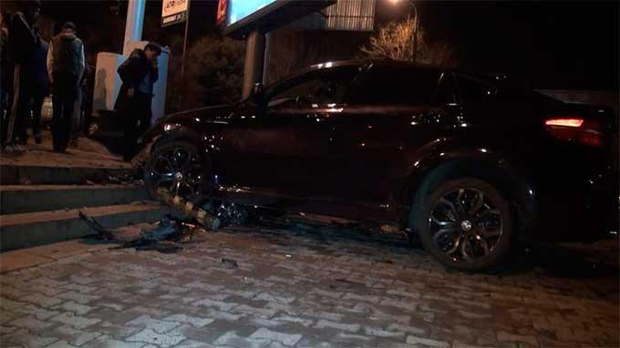 Водитель насмерть сбил стоявшего на тротуаре алматинца (фото)