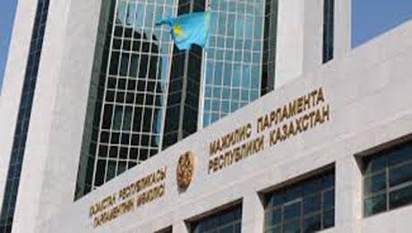 Мажилис РК одобрил поправки в соглашение между РК и РФ о перевозках грузов по ж/д участкам