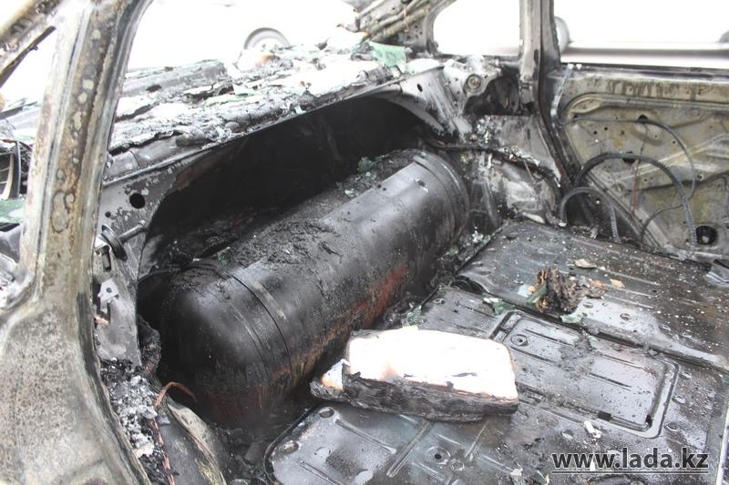 ...по ЧС Мангистауской области Татьяны Ворониной, пожар начался, предположительно, из-за замыкания электропроводки.