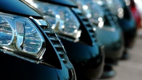 Казахстанские чиновники превысили расходы на служебный транспорт на 1 млрд тенге
