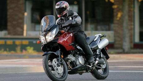 В МВД РК развеяли миф о запрете погони полиции за мотоциклистами