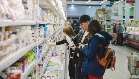 Выявлено 190 наименований некачественных продуктов в магазинах Казахстана
