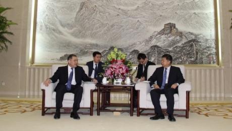 Китай готов к укреплению межпартийных связей с Казахстаном