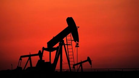 Цены нанефть понижаются вовторник