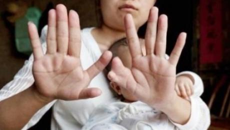 В КНР ребенок родился стридцатью пальцами— Аномалия