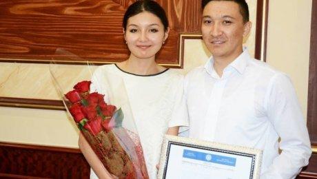 Назарбаев поздравил будущих супругов из Актау