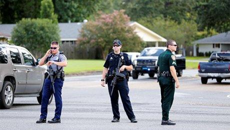 Застреливший полицейских вЛуизиане мужчина убит