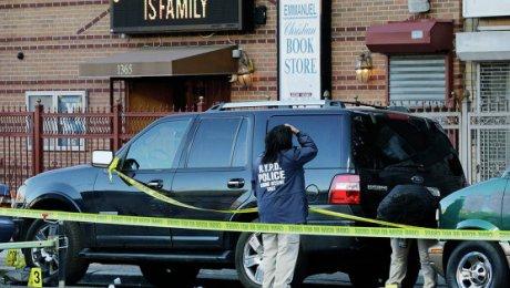 ВНью-Йорке неизвестные обстреляли полицейских
