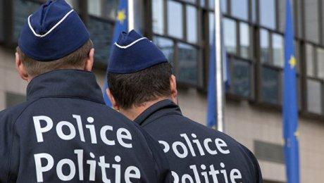 Неизвестный ранил мачете двоих полицейских вБельгии
