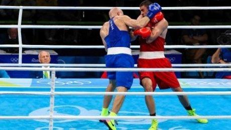 Выигравшего золото Рио русского боксера Тищенко освистали трибуны