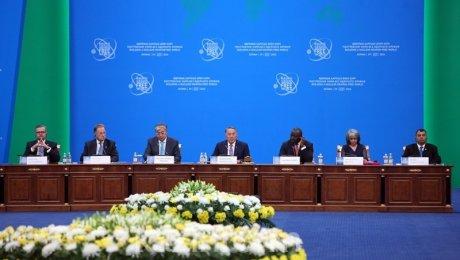 Назарбаев: человечеству нужно оставить впрошлом военные блоки