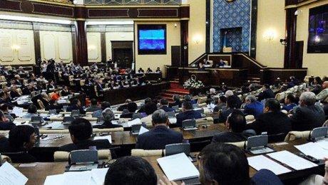 Назарбаев прерывает визит в КНР  илетит вУзбекистан
