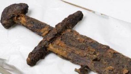 1000-летний меч викингов найден вИсландии