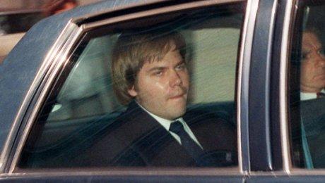 ВСША вышел насвободу Джон Хинкли, стрелявший вРональда Рейгана