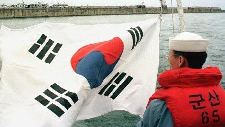 Возле Японии натанкере произошел взрыв