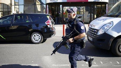 Милиция провела специализированную операцию встолице франции из-за информации отеракте