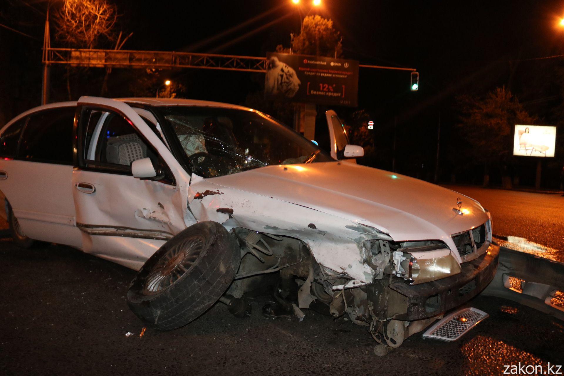 В аварии пострадала беременная девушка