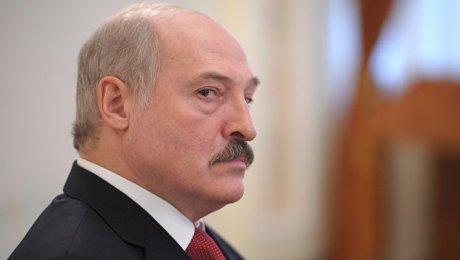 Лукашенко желает заменитьЦТ понекоторым предметам насобеседования