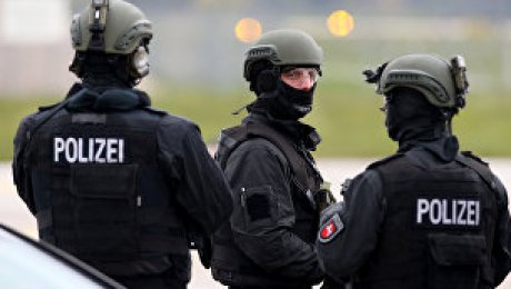 Милиция ФРГ начала специализированную операцию всвязи сугрозой теракта