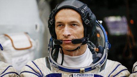 Российско-американский космический экипаж отправился вполет