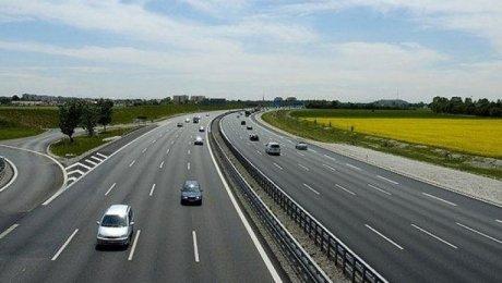 Каждый третий автобан в Казахстане будет платным