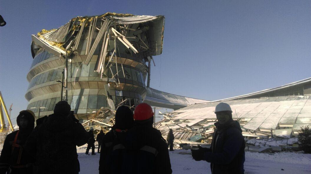 ВАстане наглазах устроителей обрушилось сооружение EXPO