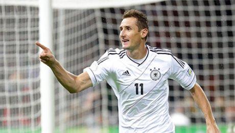 Клозе завершил карьеру игрока и будет ассистентом Лёва всборной Германии