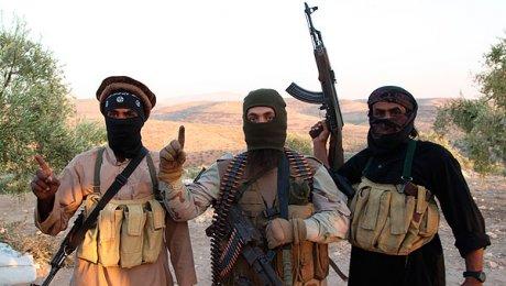 Боевики ИГИЛ подожгли практически два десятка нефтяных скважин вокрестностях Мосула