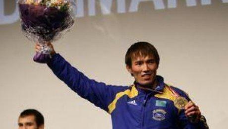 Борец Тенизбаев стал серебряным призером Олимпийских игр встолице Китая