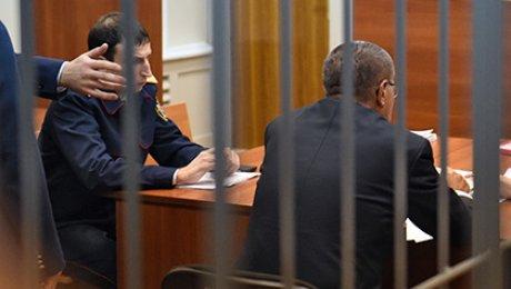 Юрист Улюкаева просит суд разрешить экс-министру дать одно интервью СМИ