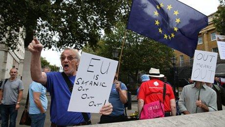 Руководство Англии готовит тайный план «серого» Brexit