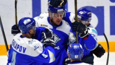Астанинский «Барыс» переиграл навыезде «Автомобилист» вматче чемпионата КХЛ