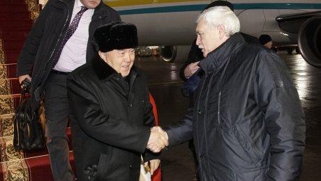 МОЛНИЯ! Вячеслав Макаров переизбран секретарем петербургского отделения «Единой России»