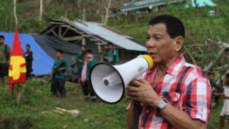 Президент Филиппин пообещал сбрасывать коррупционеров свертолёта