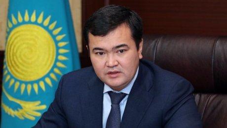 Застрявшие вОАЭ казахстанцы возвращаются вАлматы