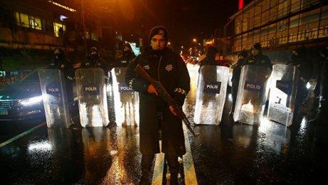 Турция неисключила бегства устроившего стрельбу вСтамбуле уйгура заграницу