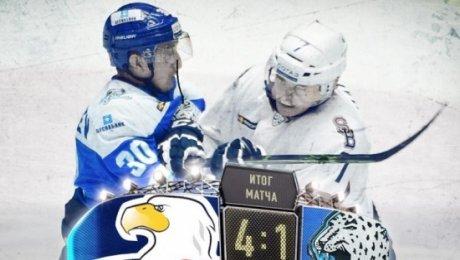 «Слован» победил «Барыс» вдомашнем матче стабильного чемпионата КХЛ