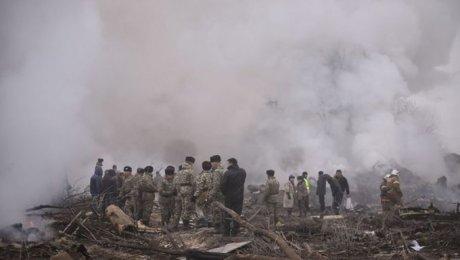 ВКиргизстане Boeing 747 упал надачный поселок, неменее 30 погибших