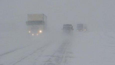 ВВосточном Казахстане ограничили движение на трассах