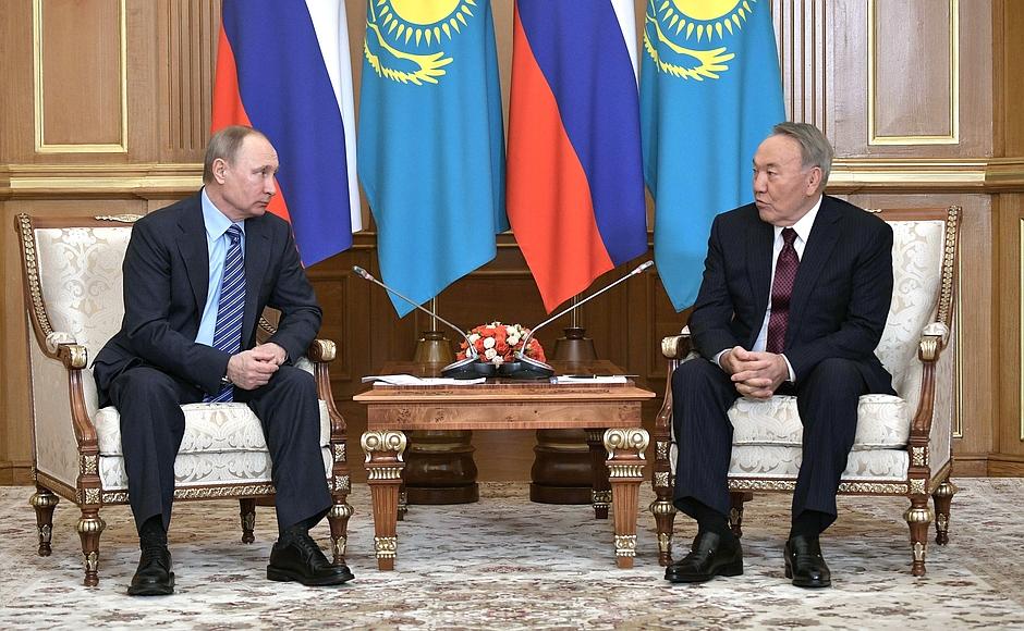 Путин— Назарбаеву: РФ  рассчитывает напомощь Казахстана вСовбезе ООН