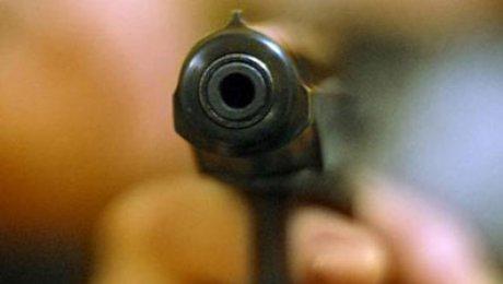В Нью-Йорке полицейские застрелили подро ...