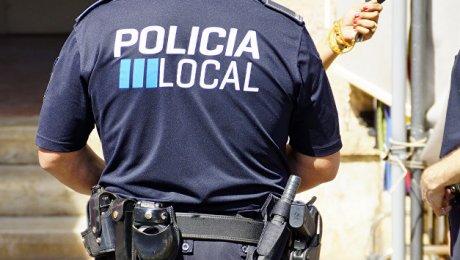Милиция Барселоны выстрелами приостановила угнанный грузовой автомобиль сбутаном