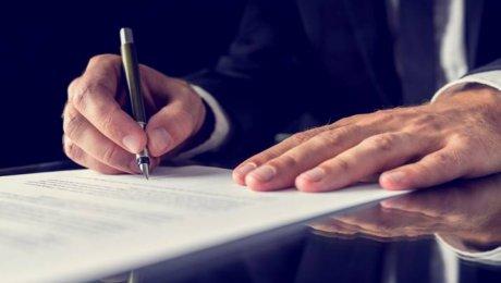 Проекты поправок по перераспределению власти поступили в парламент