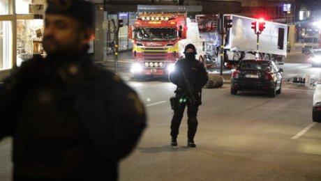 Милиция Стокгольма классифицировала наезд фургона налюдей как теракт