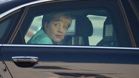 Меркель передала британской разведке досье наПутина