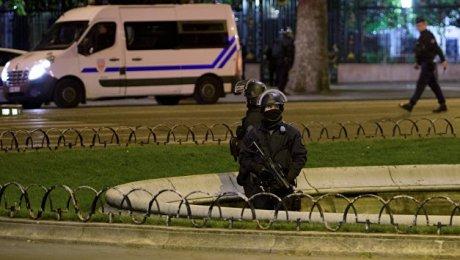 Казахстанцы после теракта в Париже: «Мы в ужасе, но жизнь продолжается»