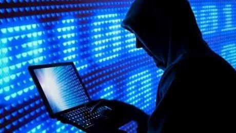 Группа русских  хакеров заразила крадущим деньги трояном неменее  1 млн телефонов