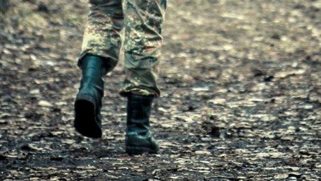 Сбежавшего извойсковой части бойца ищут вМангистау