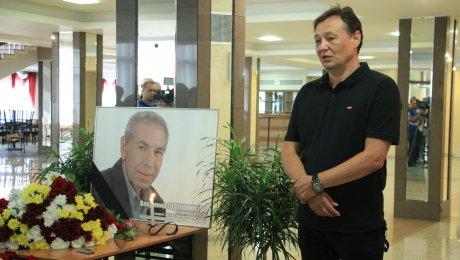 Медведев выразил сожаления всвязи со гибелью Толоконникова